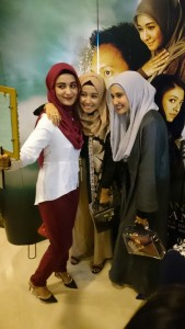 Shireen Sungkar, Laudya C.Bella, Zaskia Sungkar